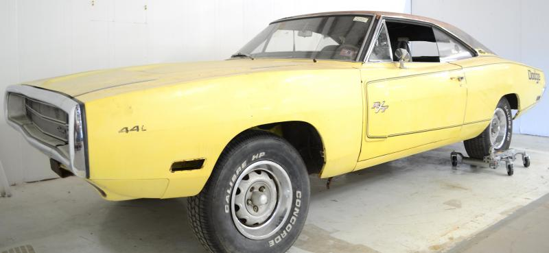 For sale 1970 v code 440 6 pack charger r t 4 speed fy1 for Chicago fine motors mccook il