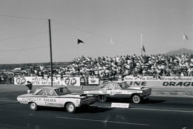 001-struggles-1965-action-beeline-two-mopar-stockers-side-lead-shot.jpg