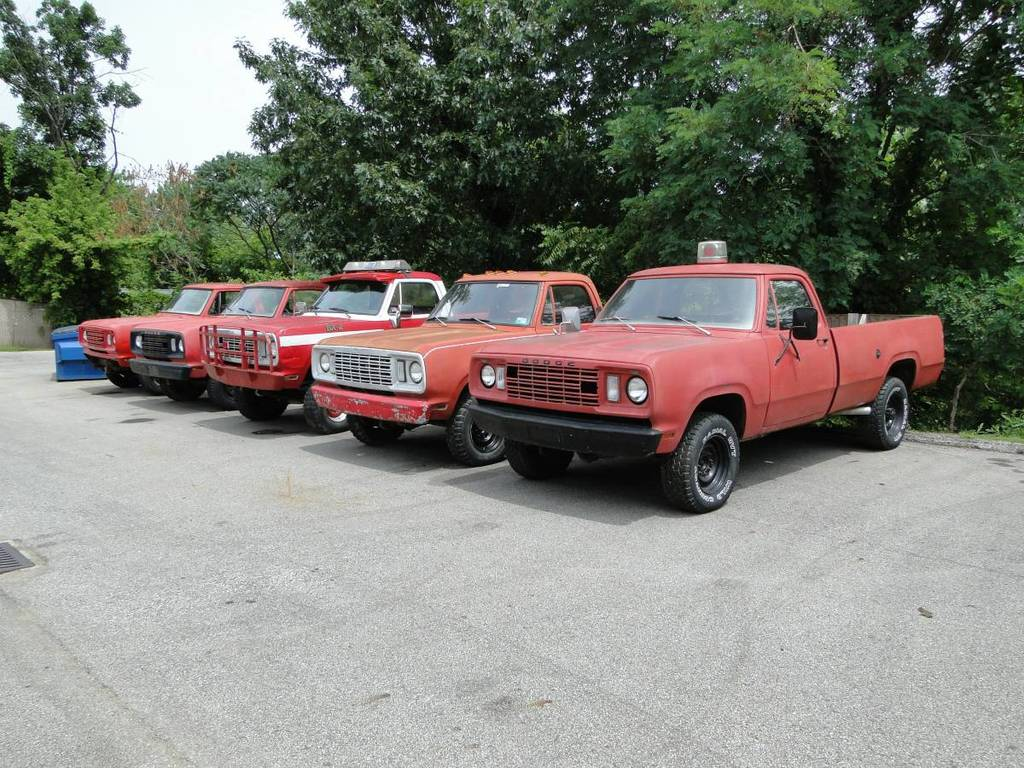 1977 Dodge Wagons W 200 M 880 Akron Ohio