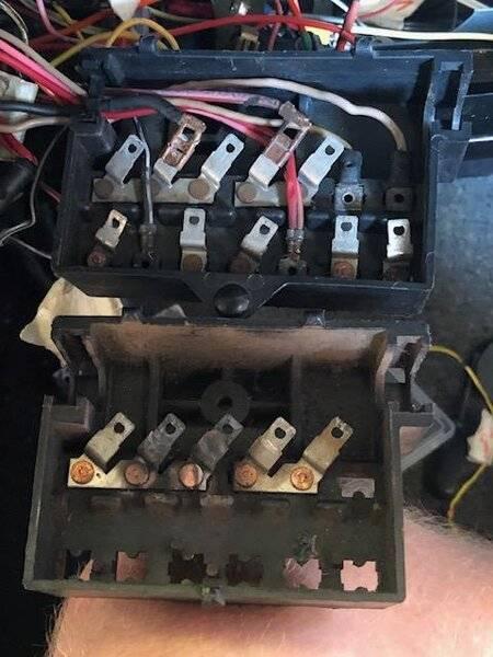 1 fuse box.jpg