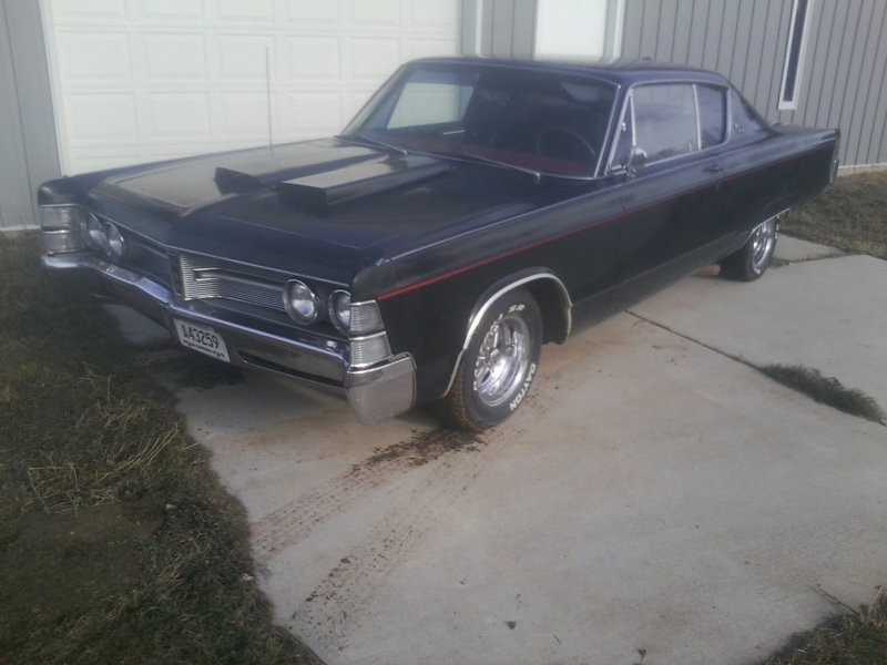 FOR SALE - 1967 chrysler new yorker 2 dr for sale $6000