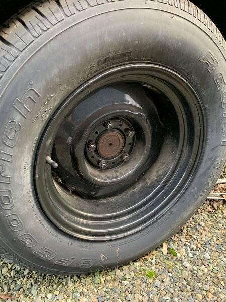 15x8 steel wheel.jpg
