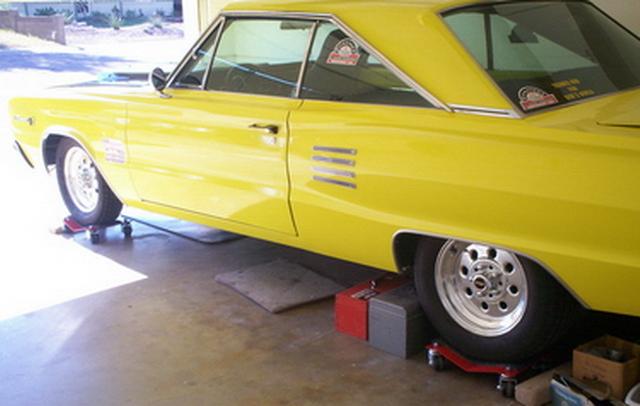 1966 Coronet 500 - on wheel dollies - Nov 2008 #1.jpg