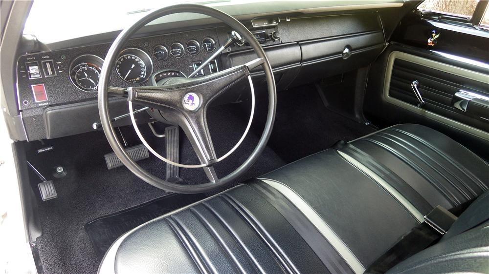 1970-plymouth-superbird-interior.jpg