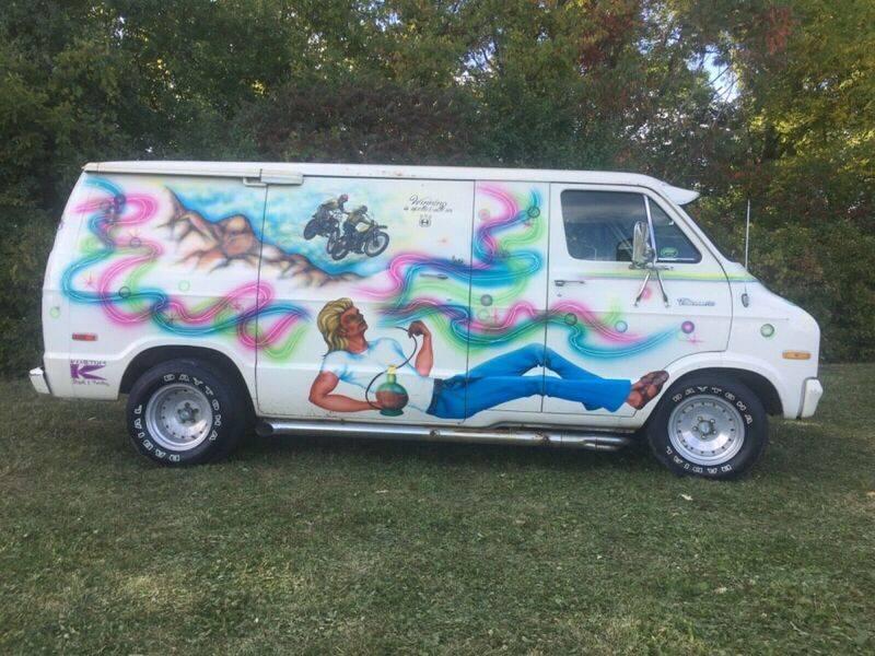 1974-dodge-van-tradesman-100-custom-hippie-van-1970039s-custom-van-5.jpg