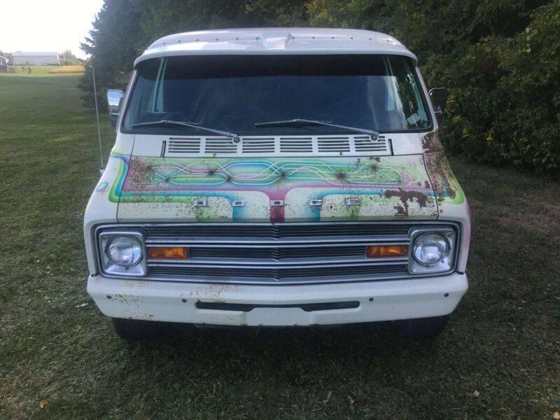 1974-dodge-van-tradesman-100-custom-hippie-van-1970039s-custom-van-9.jpg