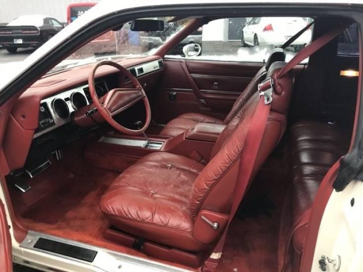 1979-Chrysler-300-american-classics--Car-101259302-93752691efb3094d04972af710b5ddbb.jpg