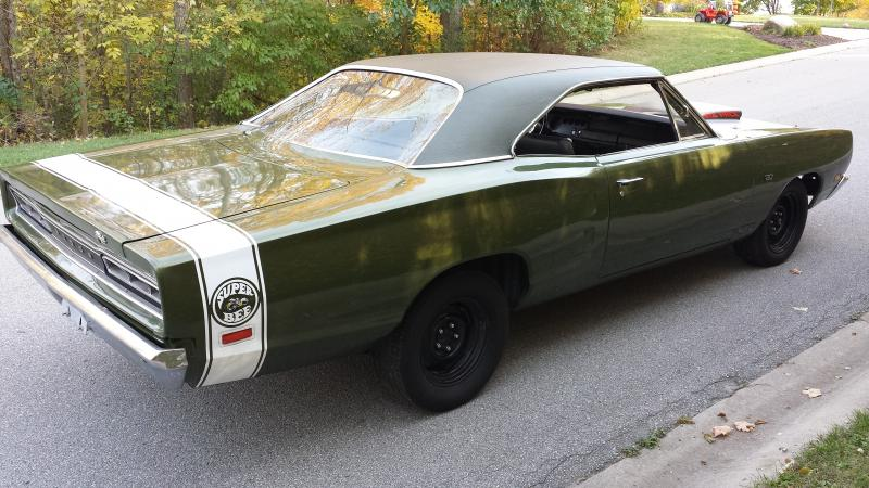 FOR SALE - 1969 Super bee A12 440 Sixpack 4-Speed