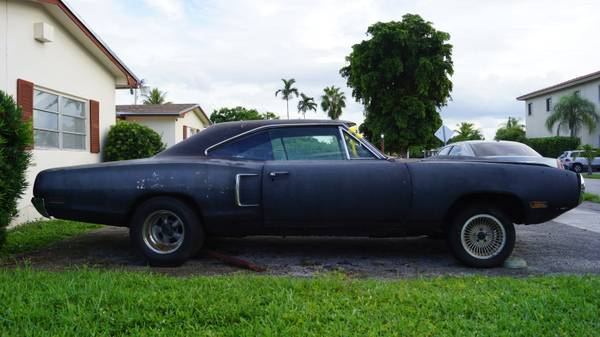 FOR SALE - 1970 Coronet Superbee - Project - 383BB - Lots of