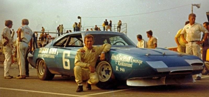 4 Sept. '71 Gary Bettenhousen 1969 Dodge Daytona at Pocono.jpg