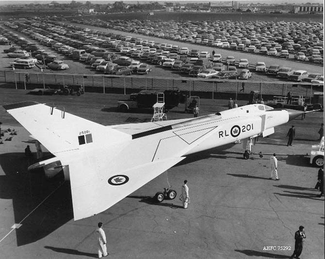 5113205c7eae3b341bb34a2e29134a14--vintage-airplanes-armed-forces.jpg