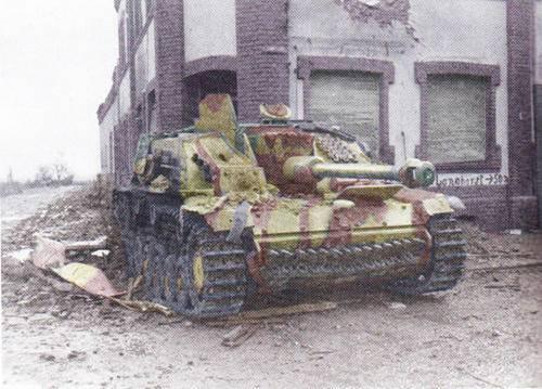 743rd+TB+Warden+Nov+18+Sturmgeschutz+III8.jpg