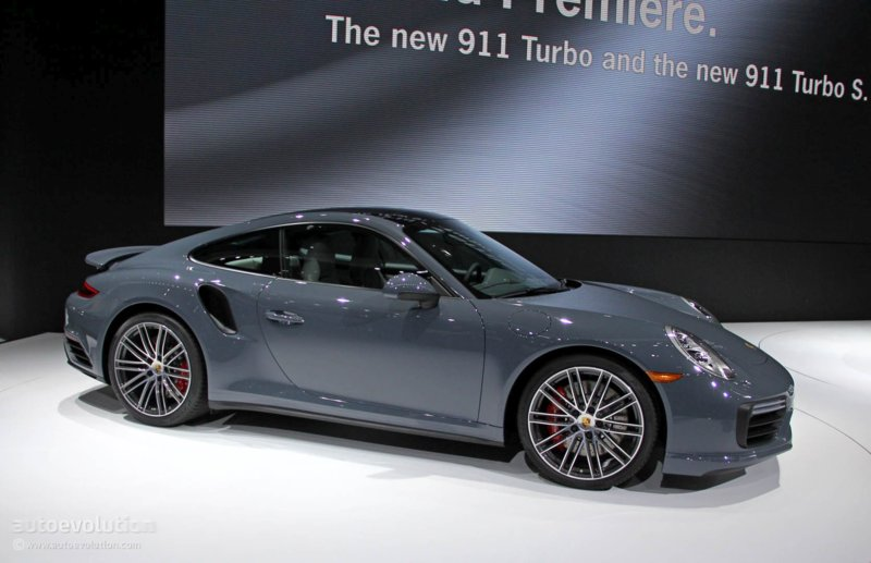 a-porsche-911-plug-in-hybrid-might-be-coming-but-no-sooner-than-2020-103824_1.jpg
