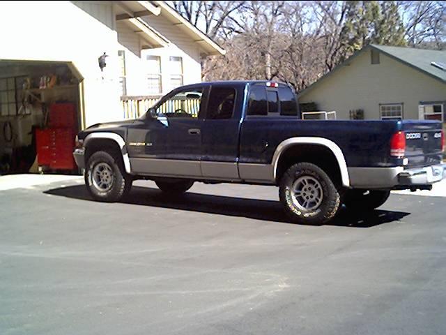 Budnicks 99 Dakota 4x4 #1.JPG