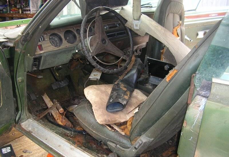 driver inside-before (2).JPG