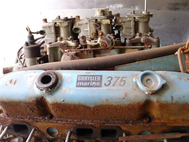 Engine 440-6bbl Chrysler Marine 375hp M440S 1971 #1.jpg