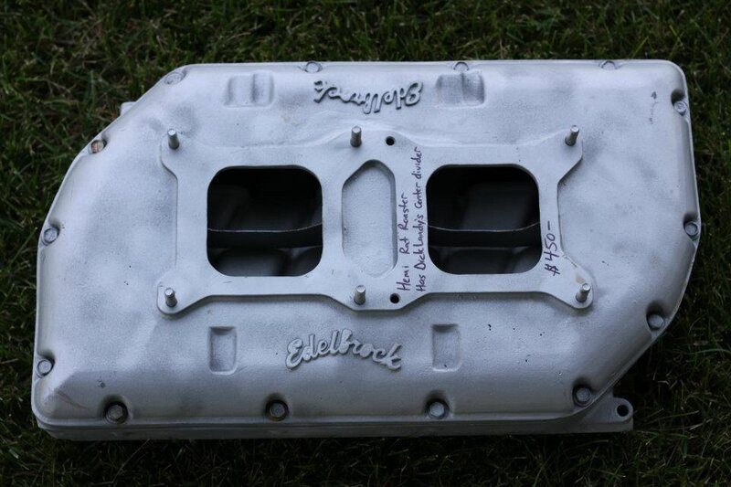 Intake 426ci Hemi Edelbrock Rat Roaster inline 2x4bbl Dick Landy's 70 Charger RT.jpg