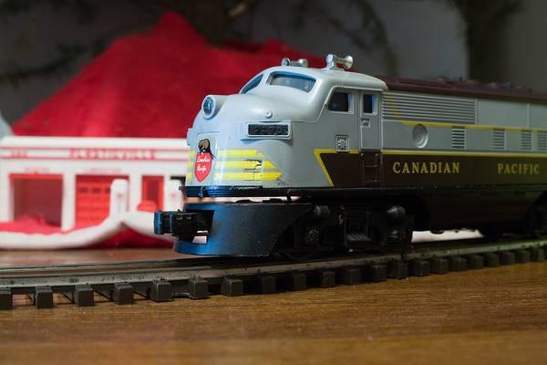 lionel-train-121916-01-XL.jpg