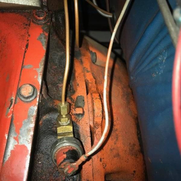 Oil Pressure Sender 2 .jpg