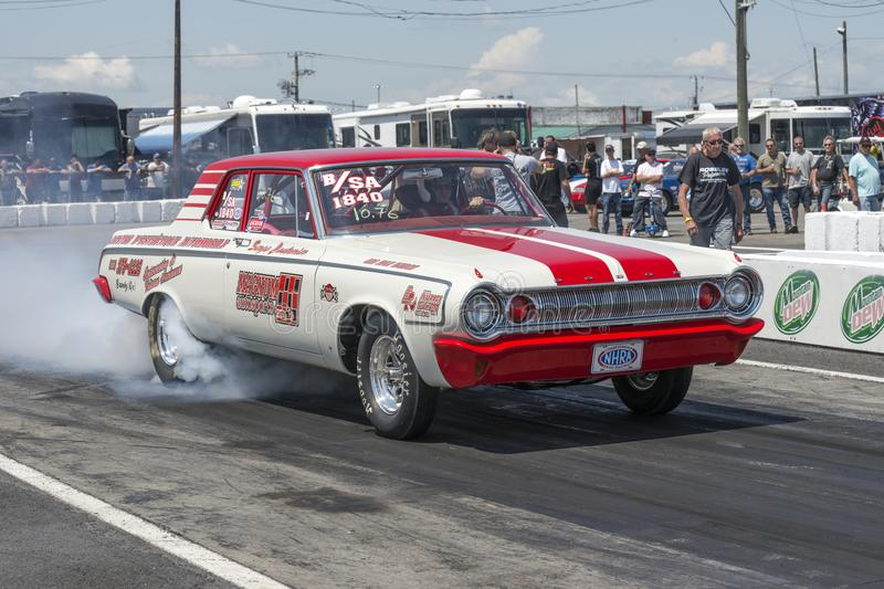 r-drag-racing-event-napierville-dragway-july-vintage-mopar-car-track-making-smoke-show-111887948.jpg