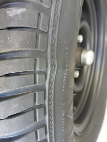 tire bulge1.jpg