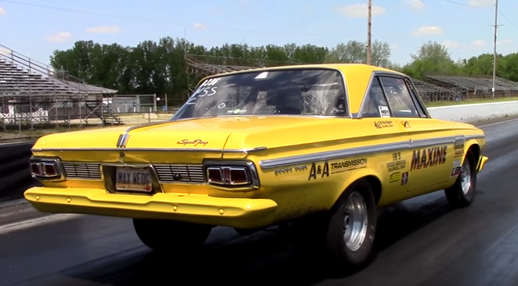 yellow_plymouth_fury_max_wedge.png